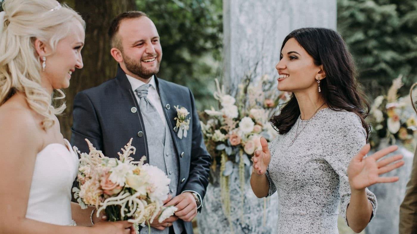 https://dlf34gxww3tiu.cloudfront.net/wp-content/uploads/2019/03/Elnora-Grant-Hochzeit-1.jpg