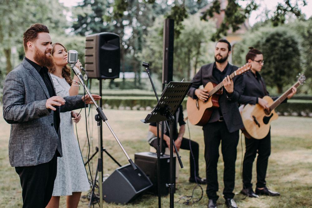 Musik und Gesang by Grant Hochzeit